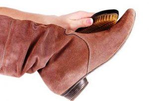 уход за замшевой обувью2